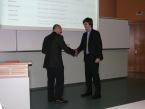 Ocenění za 3. místo v soutěži STOČ 2015 Michalu Jalůvkovi předává předseda hodnotící komise sekce doc. Mgr. Roman Jašek, Ph.D.
