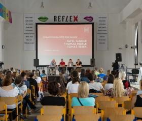 Ostravská na Colours - diskuze v rámci projektu Meltingpot