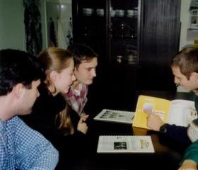 Schůze Stavovské unie studentů OU, příprava Majálesu 1998
