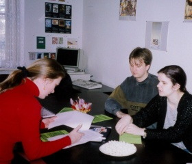 Fakulta zdravotnických studií - studenti a pedagogové 1998