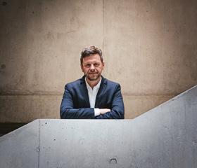 Rektor univerzity profesor Jan Lata