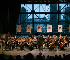 Orchestr Fakulty umění v multifunkční aule GONG