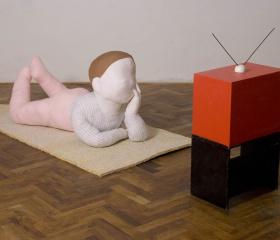 Veronika Plátková, Divák, textil, 260x62x67cm, 2008, bakalářská práce