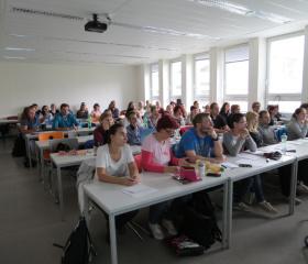 Výuka prof. Hämäläinena na Fakultě sociálních studií OU