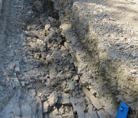 Počínající stržová eroze na nevhodně obhospodařované orné půdě (Chabičov)