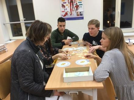 Noc vědců 2017 na Centru jazykové přípravy PdF OU