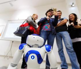 Hrátky s robotem