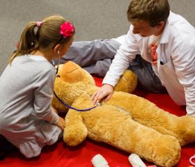 První pomoc s medvídkem