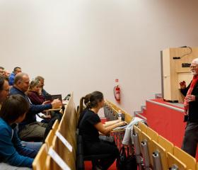 Ostravskou univerzitu v rámci ONV navštívil Robert Fulghum