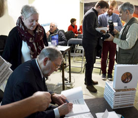 Vyšla kniha o výtvarníkovi Lumíru Čmerdovi<br>Copyright: Stanislav Krejčí