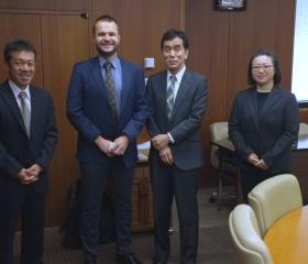 Společná fotka s představiteli Nihon Univeristy v Tokiu