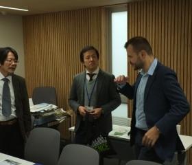 Společná fotka s představiteli Kanagawa University v Jokohamě