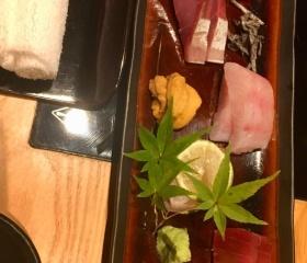 Japonský oběd v Tokiu – sašimi