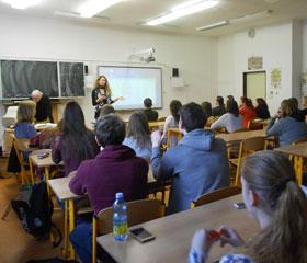 Vyučující z Katedry filozofie FF OU popularizují filosofii na středních školách