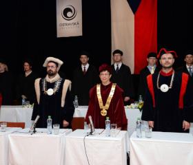 Promoce absolventů PřF OU - červen 2018<br>Autor: Kamila Kolowratová<br>Copyright: Kamila Kolowratová