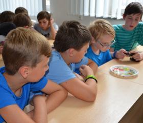 Letní příměstský Mensa camp pro zvídavé děti na PřF OU