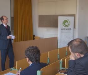 Německý velvyslanec přednášel na Přírodovědecké fakultě Ostravské univerzity