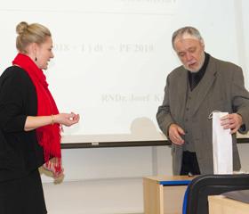 Speciální semináře pro učitele matematiky na Přírodovědecké fakultě slaví čtvrtstoletí