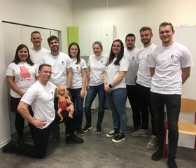 Studenti ostravské lékařské fakulty učí, jak správně poskytnout první pomoc<br>Autor: Pavlína Štěpánová