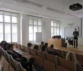 Jarní akce na katedře germanistiky pro vyučující a studenty středních škol