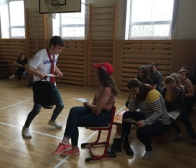 Divadelní workshop na Jazykovém gymnáziu Pavla Tigrida v Ostravě-Porubě 11.dubna 2019<br>Autor: Pavla Zajícová