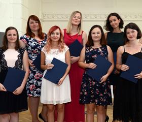 Promoce Fakulty sociálních studií OU v roce 2019