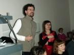 Diskutující účastníci semináře