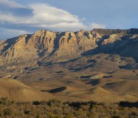 Mohutný sesuv, který vznikl po ústupu ledovcového štítu v argentinské Patagonii na konci poslední doby ledové<br>Autor: T. Pánek