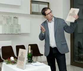Vyšel reprezentativní katalog kramářských tisků ze sbírek Památníku Petra Bezruče