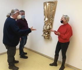 Diskuze nad výstavním programem v Galerii Student pro rok 2021, zleva: Tomáš Koudela, Milan Cieslar, Gabriela Pienias