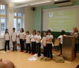 Lakomá Barka - žáci ZŠ Šenov, souboru DIVADRA, pod vedením Mgr. Andrey Štefkové (námět: Jan Werich)