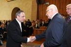 Prezident republiky jmenoval doc. Hančla z katedry matematiky PřF OU profesorem v oboru aplikovaná matematika