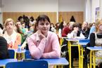 Přednášek se zúčastnil velký počet studentů všeobecného lékařství i nelékařských oborů všechny. Vyslechli je s nevšedním zájmem a kladli i řadu všetečných otázek.  (13/36)