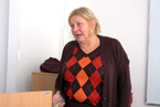 Značně nachlazená PhDr. Hana Malinová, CSc., statutární zástupce charitativní organizace ROZKOŠ bez RIZIKA obětavě a poutavě hovořila o bezplatných vyšetřeních v terénu i další pomoci, kterou tato organizace poskytuje všem zájemcům. (16/36)