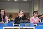 Přednášek se zúčastnil velký počet studentů všeobecného lékařství i nelékařských oborů všechny. Vyslechli je s nevšedním zájmem a kladli i řadu všetečných otázek.  (26/36)
