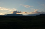 Pohled na sopku Eyjafjallajökull, vzdušnou čarou cca 12 km od sopky Eyjafjallajökull (červenec 2010)
