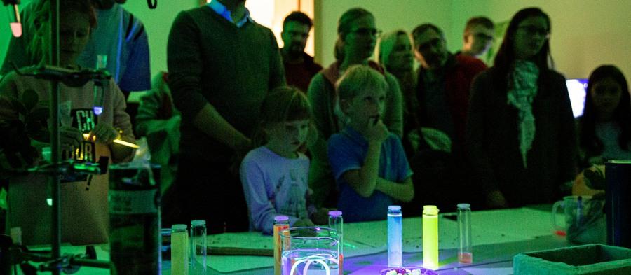 Noční Ostravu si podmanila věda