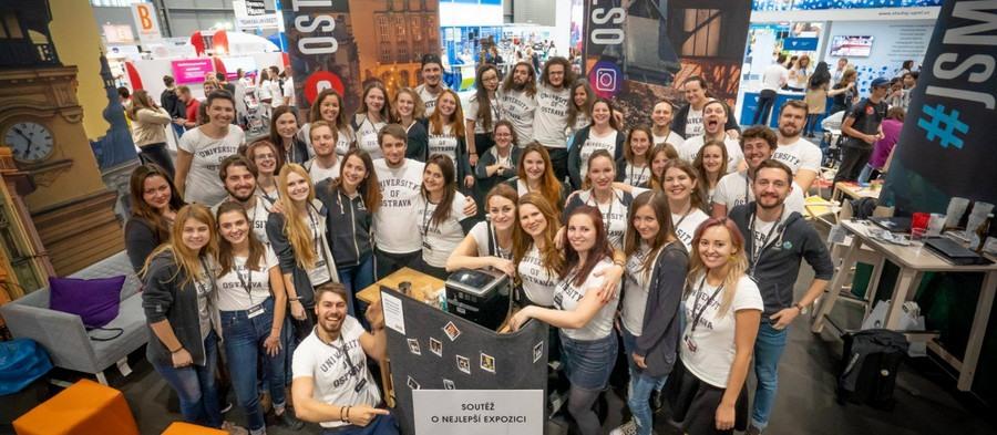 Ostravská univerzita opět zářila naveletrhu Gaudeamus Brno